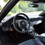 Cockpit mit Alcantara aus dem Rennsport