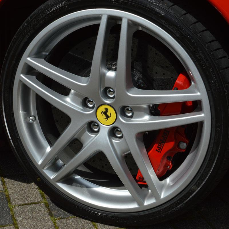 Ferrari fahren am Nürburgring