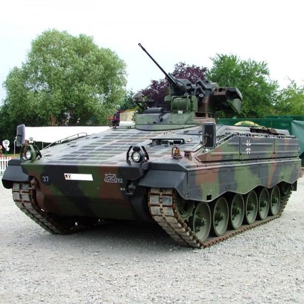 Marder Schützenpanzer fahren in Niedersachsen